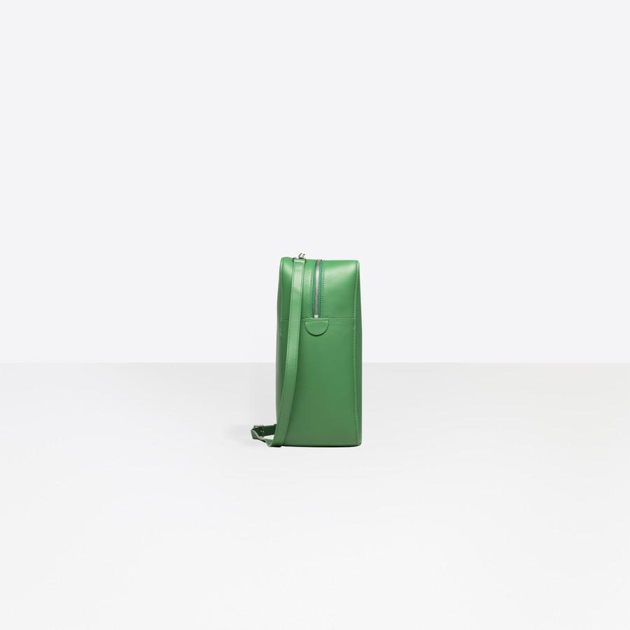 BALENCIAGA Triangle Duffle M Triangle Handbags D i