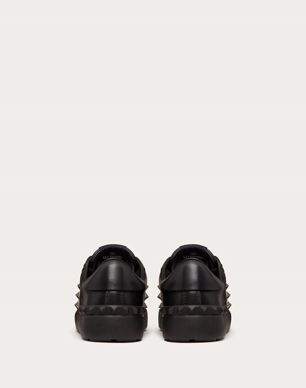 Rockstud Untitled Noir Calfskin Leather Sneaker