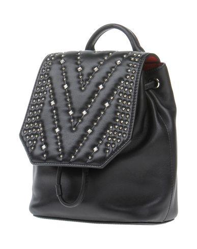 Рюкзаки и сумки на пояс от MCM