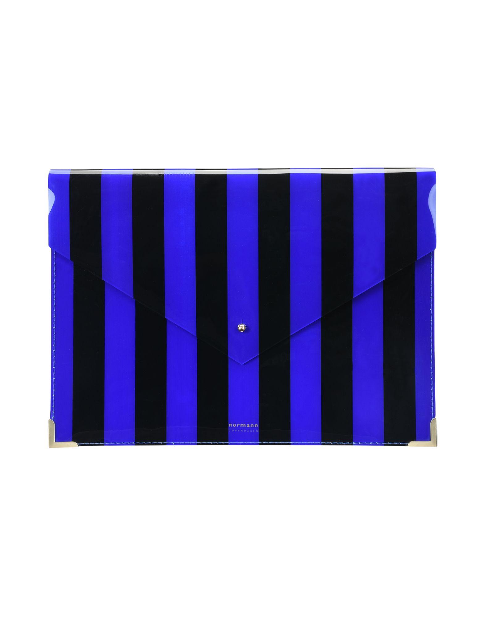 《セール開催中》NORMANN COPENHAGEN レディース ハンドバッグ ブルー プラスティック Envelope Folder Large Daily Fiction