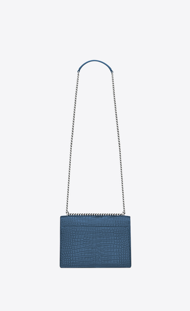SAINT LAURENT Sunset Femme Sac Medium SUNSET en cuir brillant embossé façon crocodile bleu denim b_V4