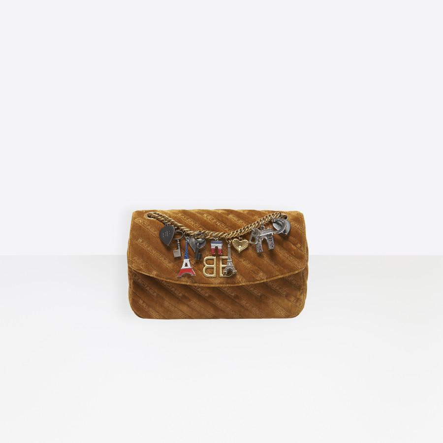 BALENCIAGA BB Round M Charms BB Handbags Woman f