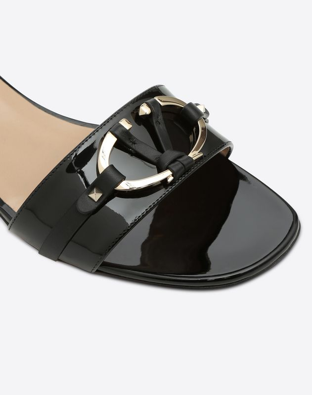 V-Rivet Mule Sandal 20mm
