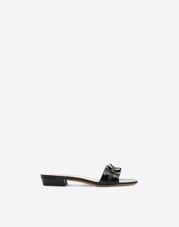 V-Rivet Slide Sandal