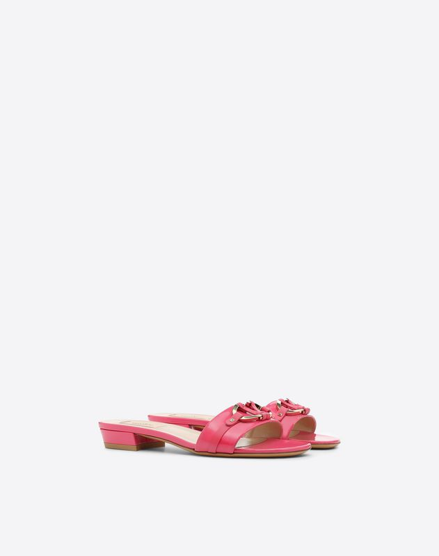 V-Rivet Slide Sandal