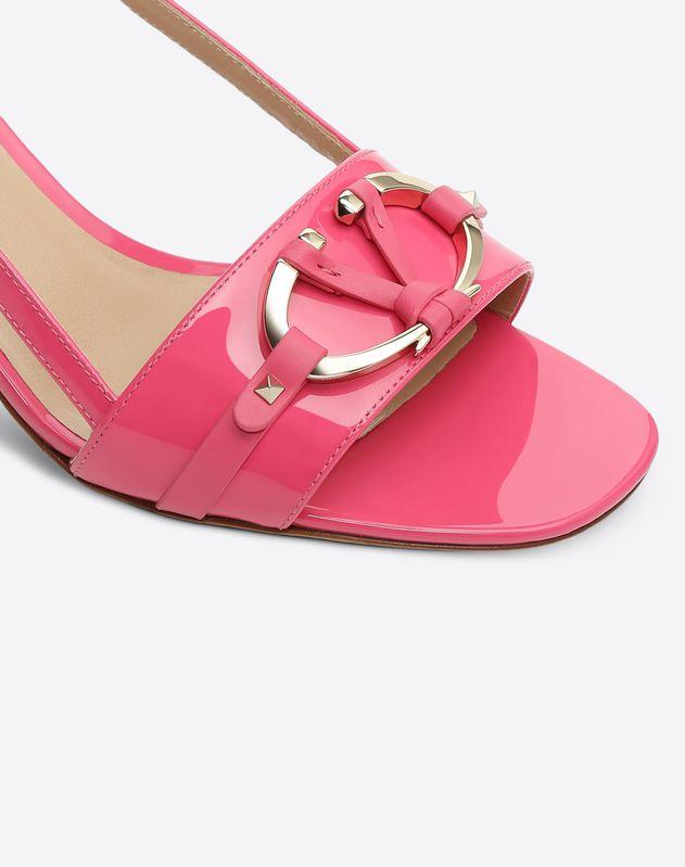 V-Rivet Sandal