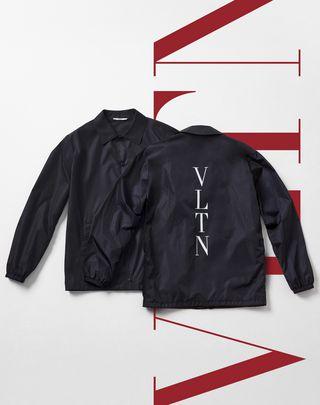 VLTN VALENTINO UOMO Coach jacket with VLTN print     Dark blue Polyamide 45390828PF