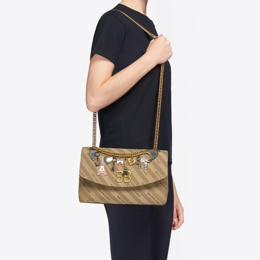 BALENCIAGA BB Round M Charms BB Handbags Woman b