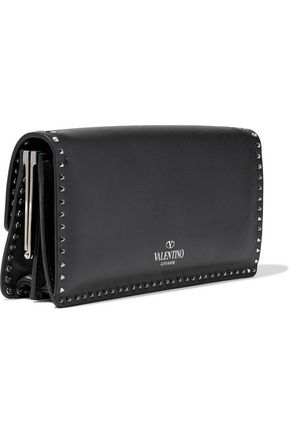 VALENTINO GARAVANI Rockstud leather clutch