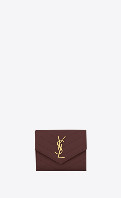 SAINT LAURENT Monogram Matelassé レディース Compact tri-fold Monogram wallet in burgundy textured and quilted leather a_V4
