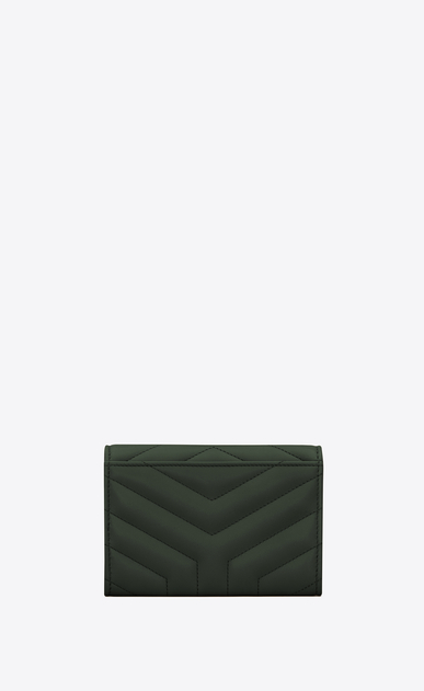 "SAINT LAURENT Monogram Matelassé Donna Portafogli Loulou envelope small in pelle lucida trapuntata a ""Y"" color verde scuro b_V4"