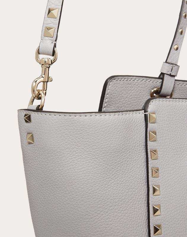 Medium grain calfskin leather Rockstud bag