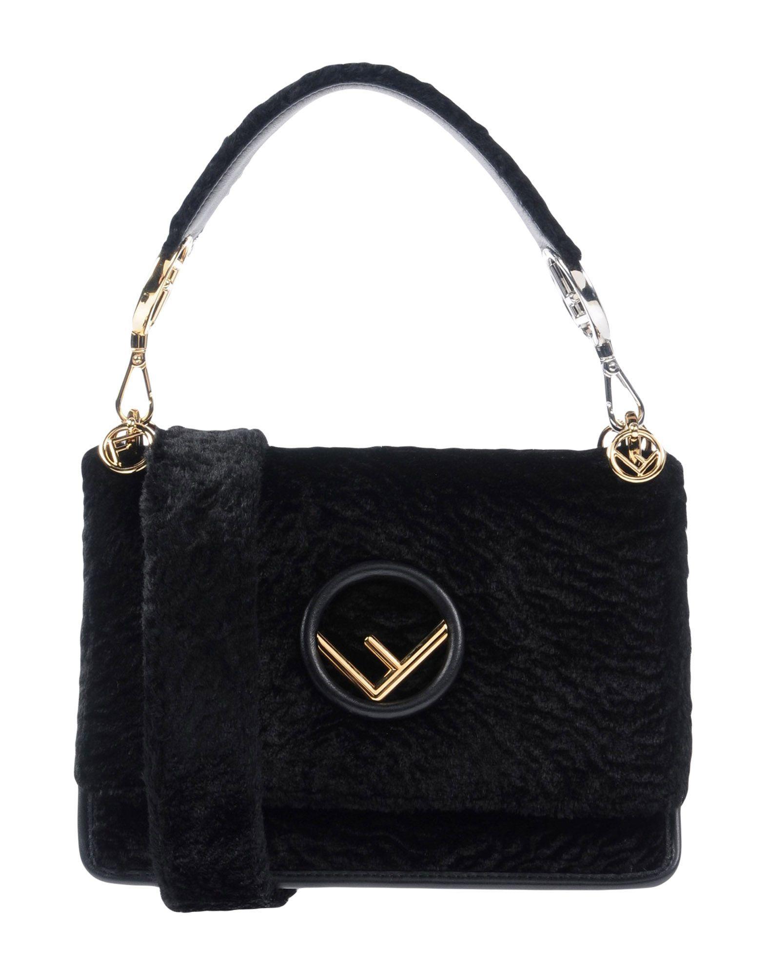 Фото - FENDI Сумка на руку fendi черная кожаная сумка с логотипом