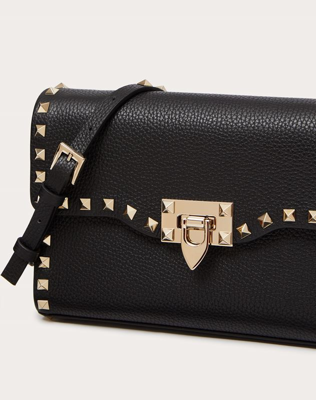 Small grain calfskin leather Rockstud crossbody bag