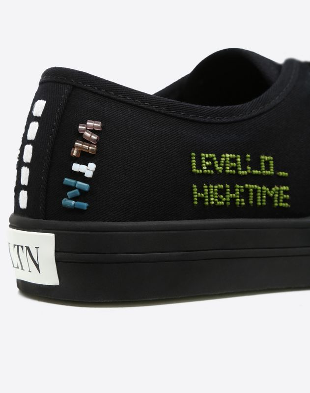 Sneaker with Arcade embroidery