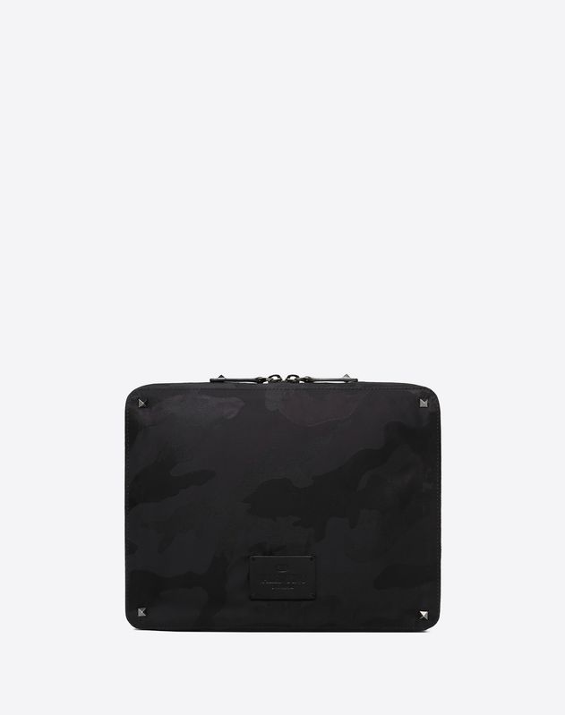 CLUTCH MEDIA CAMOUFLAGE NOIR IN NYLON