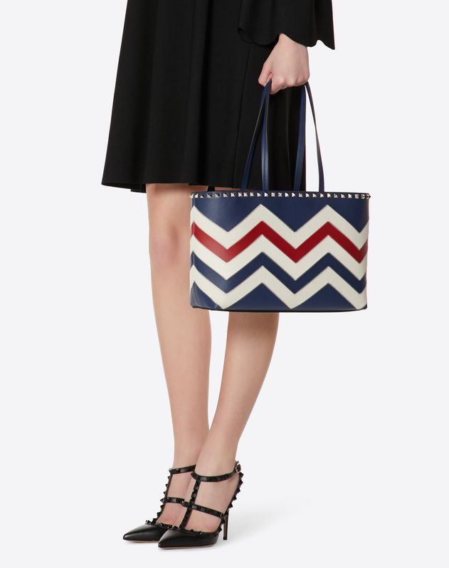 Small chevron motif Rockstud shopping bag