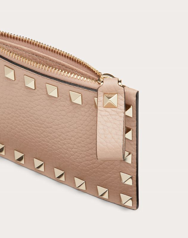 ROCKSTUD GRAINY CALFSKIN CARDHOLDER WITH ZIPPER