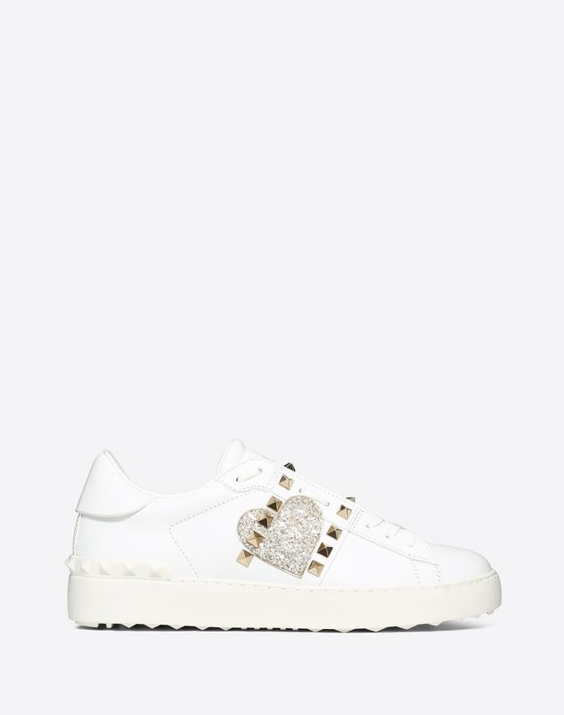 Heart Embroidery Untitled Rockstud Sneaker