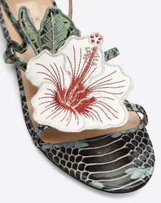 Hibiscus Embroidery Flat Sandal