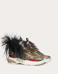 可脱卸羽毛与 VLTN 印纹 BOUNCE 运动鞋