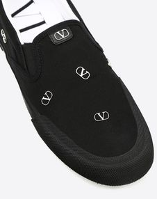 VLOGO CALFSKIN AND CANVAS SLIP-ON