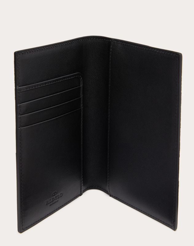 Camouflage Noir Passport Cover