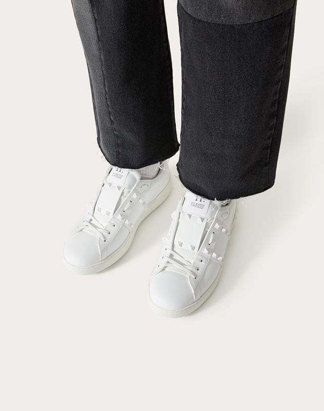 ROCKSTUD UNTITLED TONE-ON-TONE STUDDED TRAINER