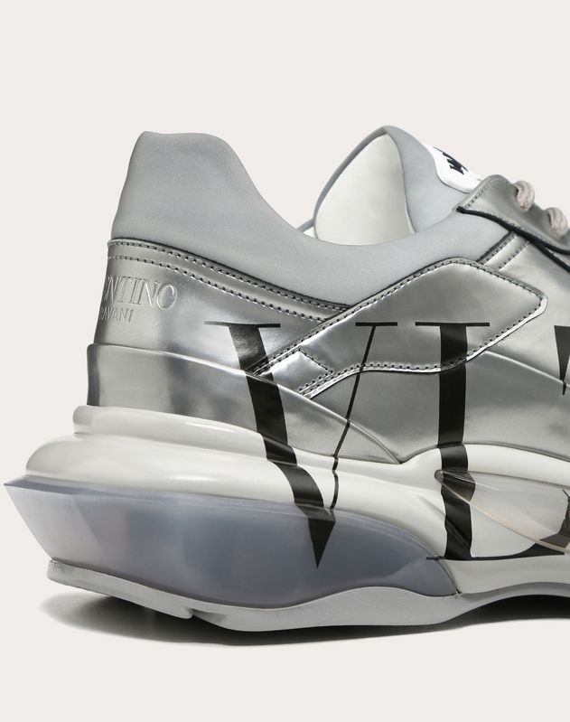 VLTN BOUNCE METALLIC LEATHER SNEAKER