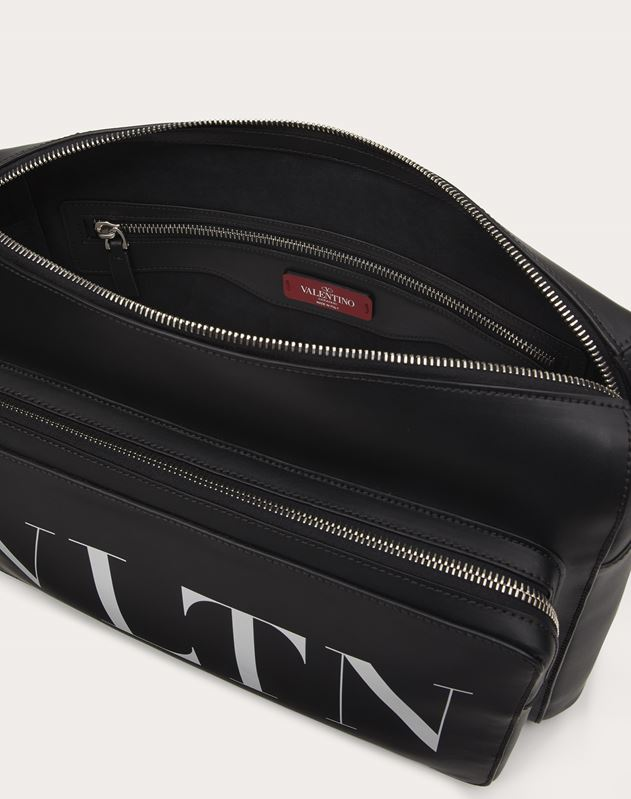 LEATHER VLTN MESSENGER BAG