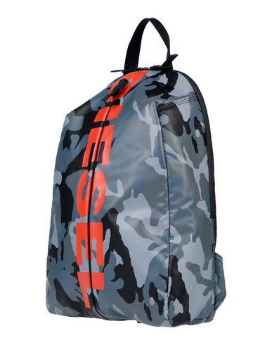 Купить Рюкзаки и сумки на пояс серого цвета