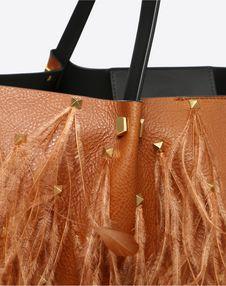Large VLOGO Escape Shopper With Feather Details