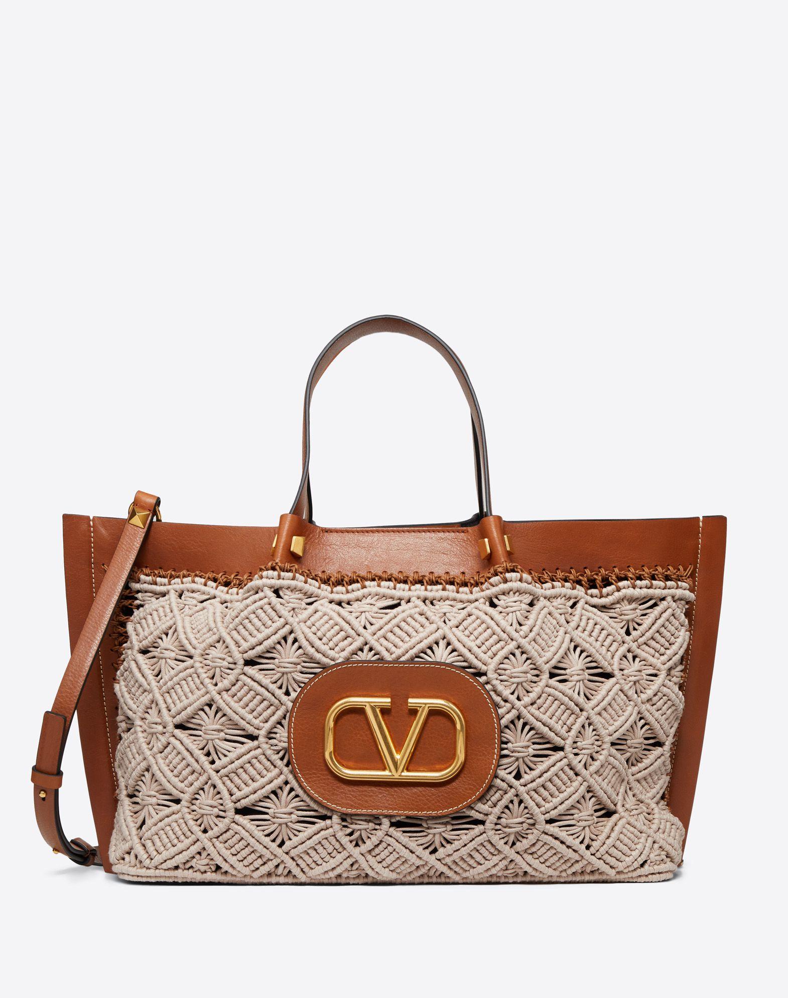 Medium VLOGO Escape Shopper With Macramé Detail