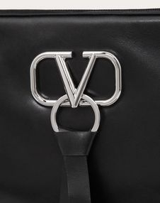 VRING LARGE SMOOTH CALFSKIN CLUTCH