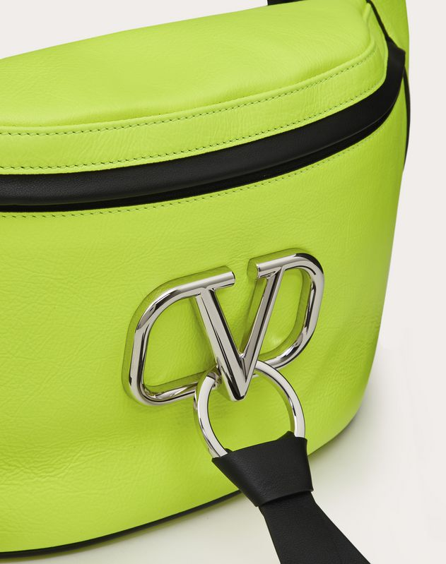 Vリング ベルトバッグ