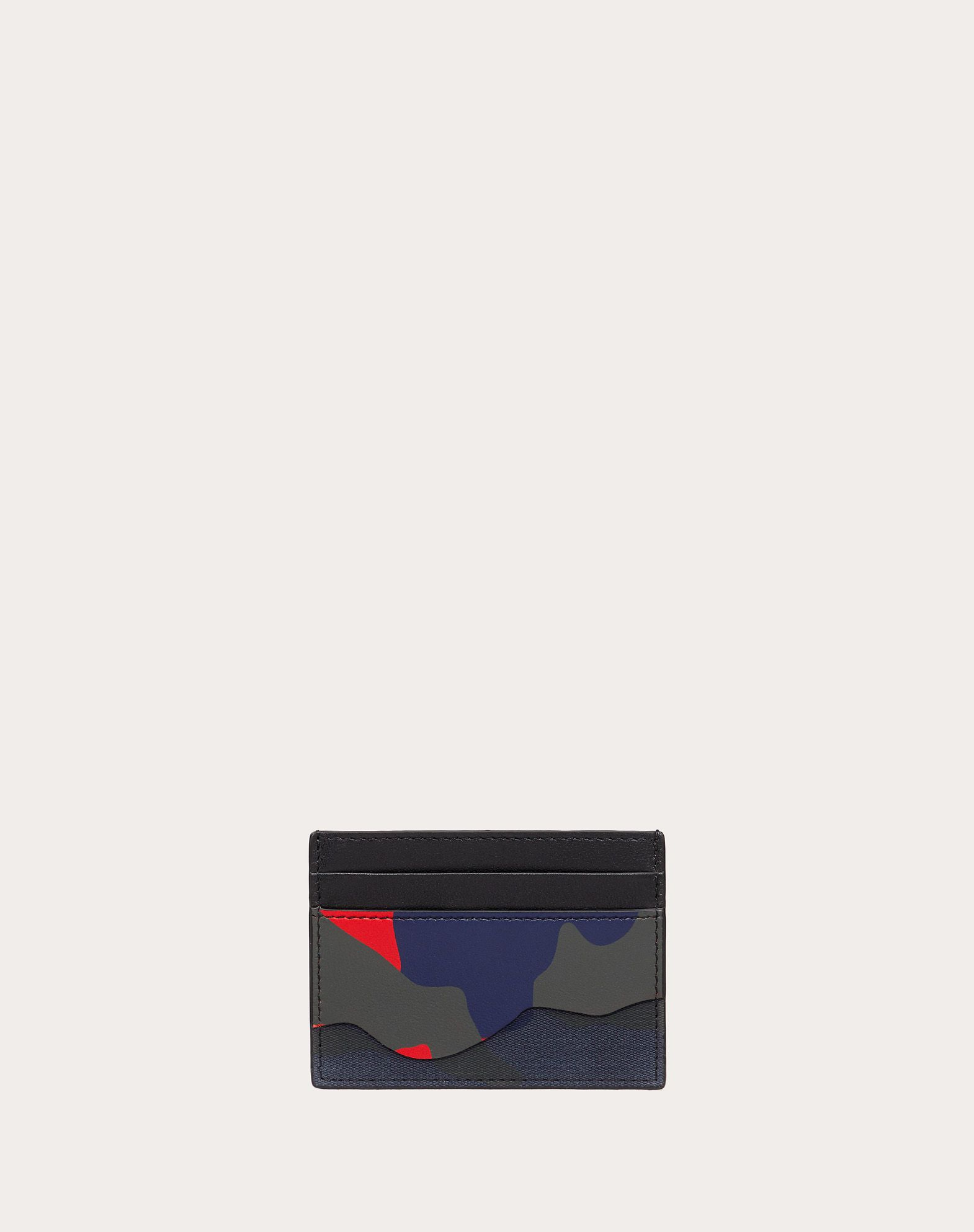 Camouflage cardholder