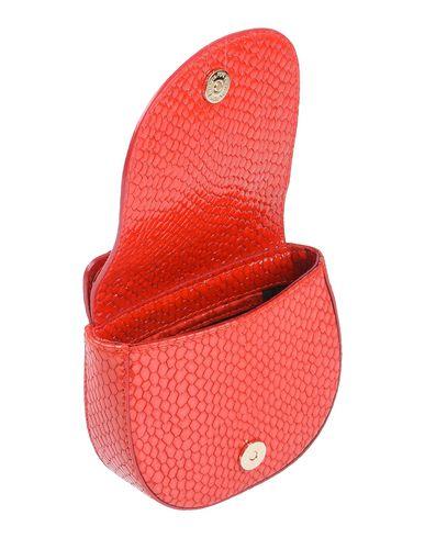 Фото 2 - Сумку через плечо красного цвета