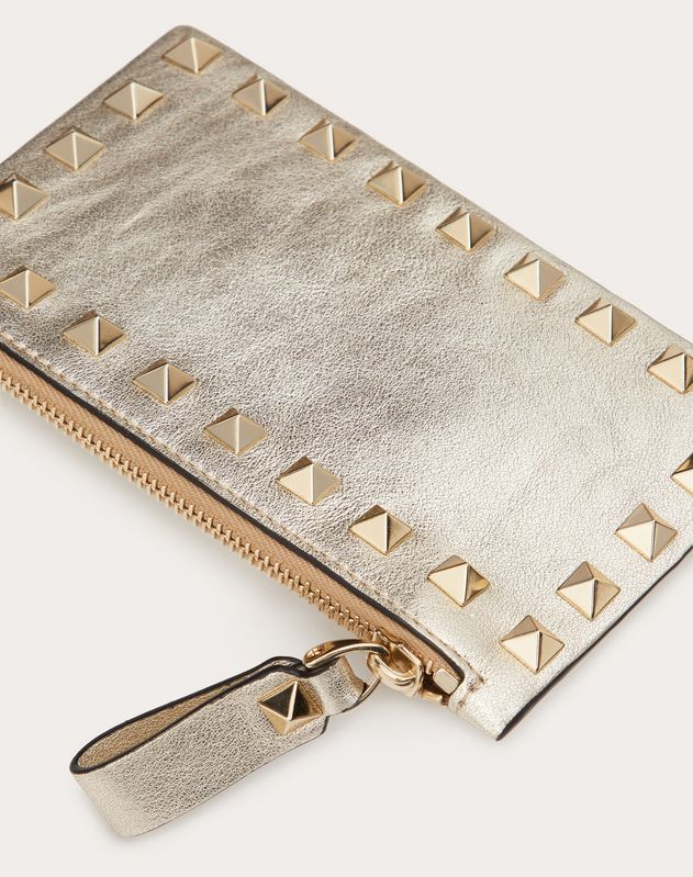ROCKSTUD METALLIC CALFSKIN CARDHOLDER WITH ZIPPER