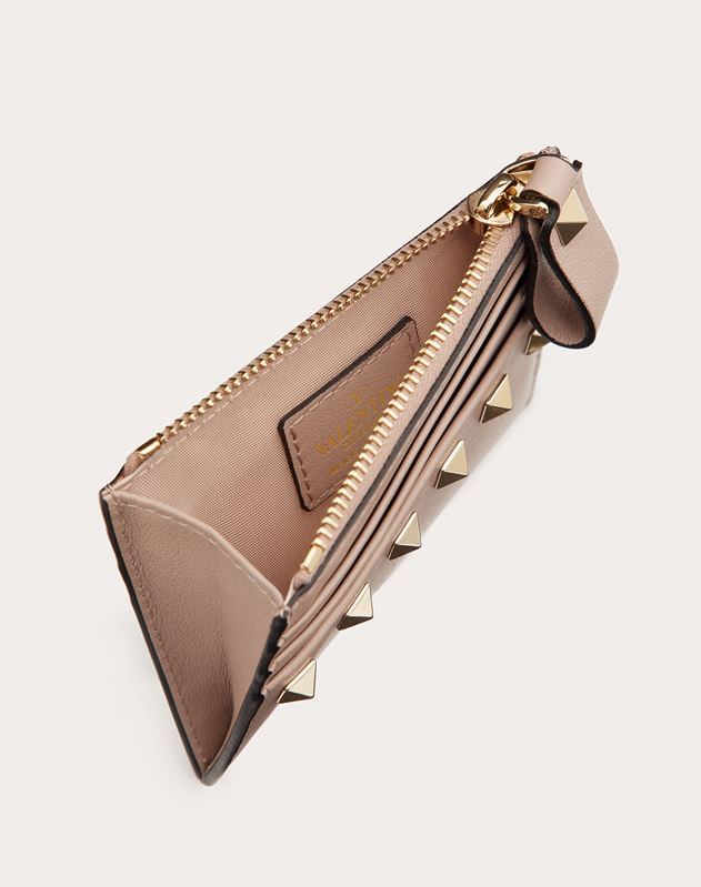 ROCKSTUD CALFSKIN CARDHOLDER WITH ZIPPER