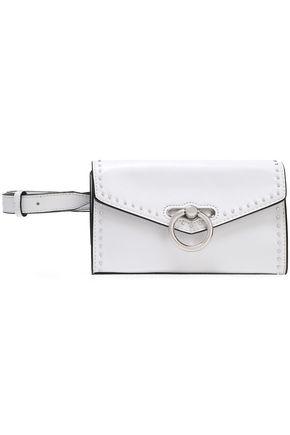 REBECCA MINKOFF حقيبة بحزام من الجلد اللامع المجعد مزيّنة بحلقات ومزخرفة بأزرار معدنية
