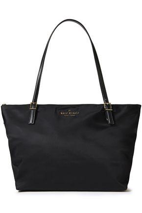 KATE SPADE New York حقيبة توت من قماش مقاوم للماء مزينة بشعار الماركة