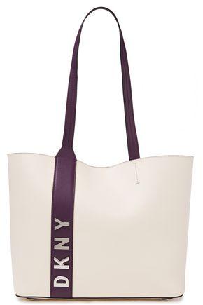 DKNY حقيبة توت من الجلد النافر بلونين مزينة بشعار الماركة