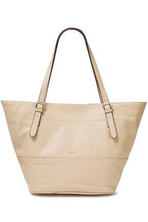 DKNY حقيبة توت من الجلد المحبب