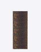 Écharpe oversize en étamine de laine à imprimé léopard sauvage noir et ocre