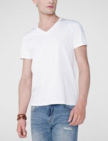 ARMANI EXCHANGE High-Shine Yoke V-Neck Graphic Tee U f