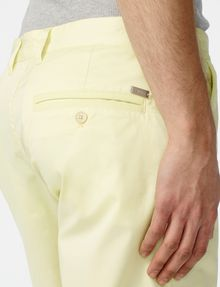 ARMANI EXCHANGE Piece-Dyed Chino Short Chino Short U e