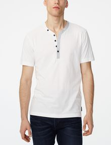 ARMANI EXCHANGE Graphic Trim Henley Short Sleeve Tee U f