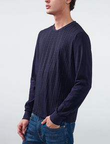 ARMANI EXCHANGE Textured Plaid Long-Sleeve Tee Crew Neck U d
