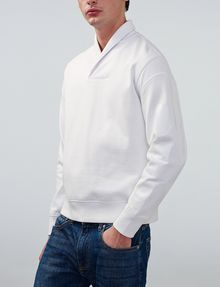 ARMANI EXCHANGE Shawl-Collar Distilled Logo Shirt V-Neck Man f