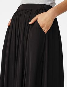 ARMANI EXCHANGE Cascade Maxi Skirt Skirt Woman e